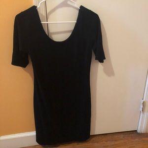Easy throw on simple H&M dress